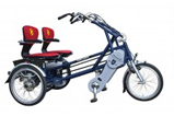 Tricycles tandems côte à côte