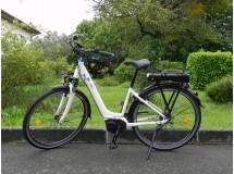 Vélo Electrique YAMAHA e-SALSA Blanc D8 400 Wh-90 km- Bonne Affaire