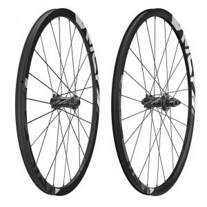 roue AV Sram Rise 60 29' TR tubeless com