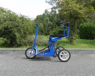 Scooter Pliant R30 Bleu avec accoudoirs – Bonne Affaire